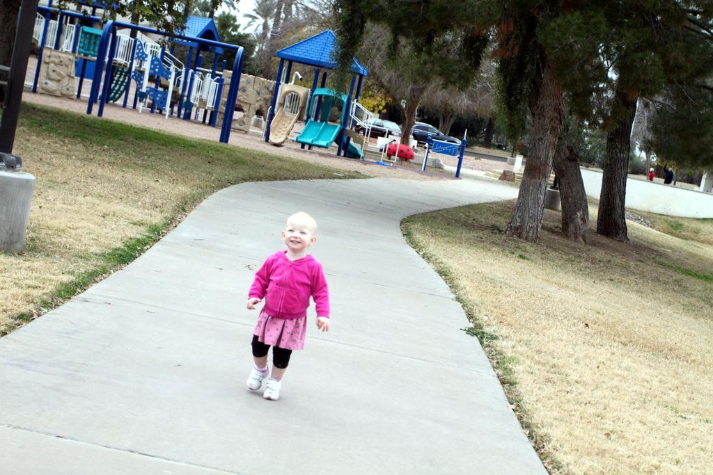 doubletree-rd-walkway-park