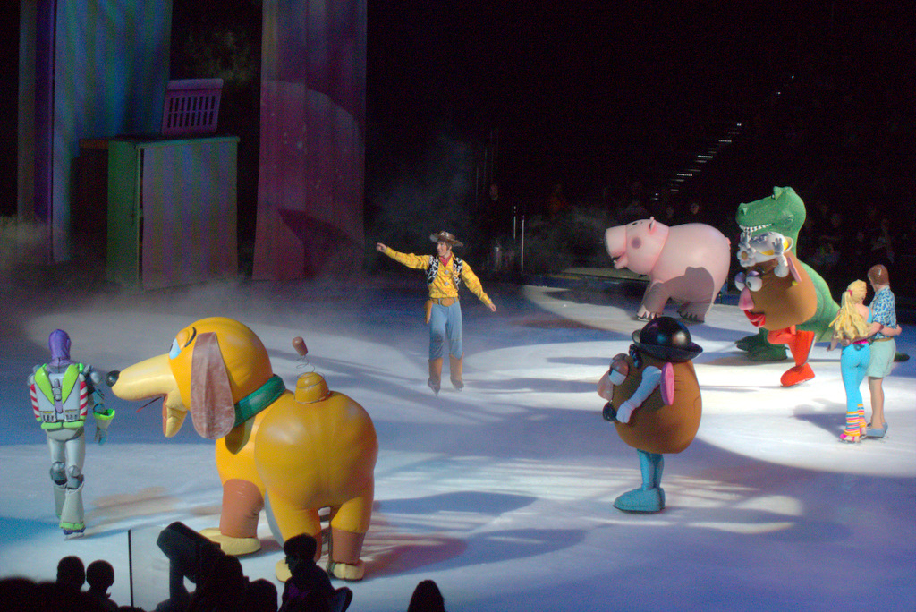 woody disney on ice