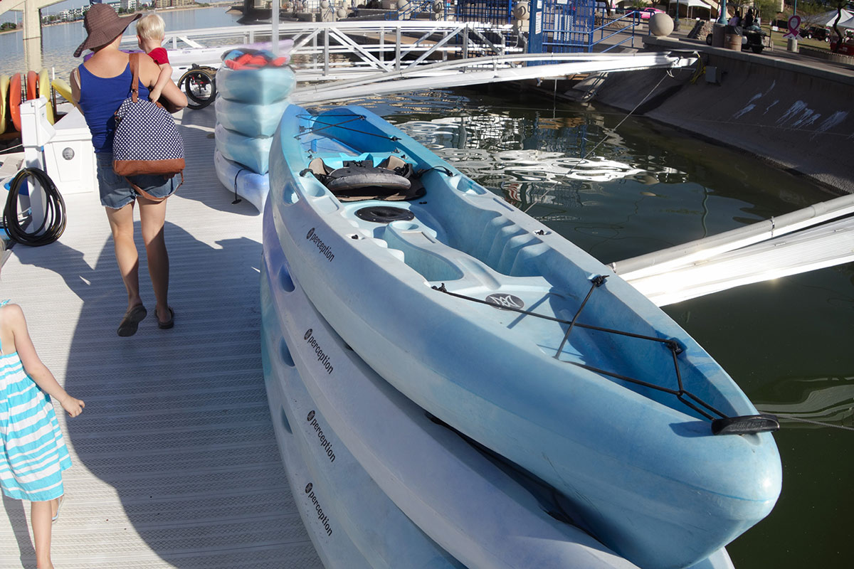 Boating At Tempe Town Lake Things To Do In Phoenix With